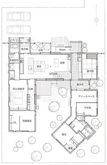 平屋50坪5LDKの二世帯・中庭のある間取り図[北玄関]